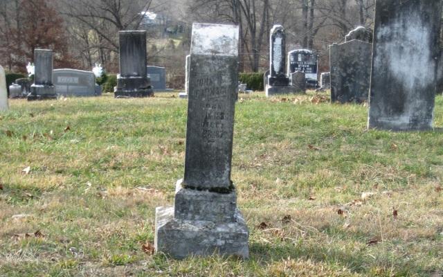 Carmack-John-gravesite-2007-12-27 - wide-shot